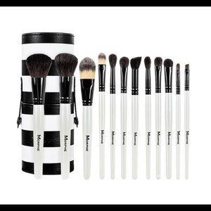 NIB Morphe brush set